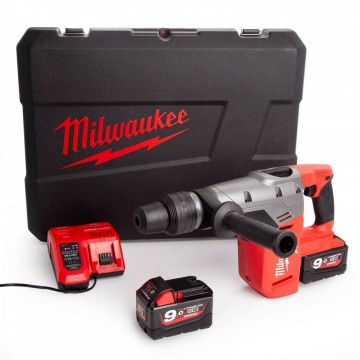 Milwaukee M18 CHM-902C SDS-MAX 40mm borhammer drillsett (2 x 9Ah batterier)